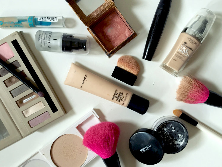 make up, essentials, blogger, beauty, cosmetic, MAC, Benefit, foundation, fashion junkie