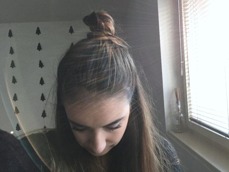 fashion junkie, blogger, inspiration, beauty, half bun, hair
