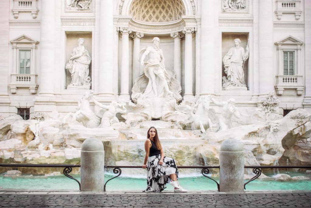 A photoshoot in Rome at the Fontana di Trevi